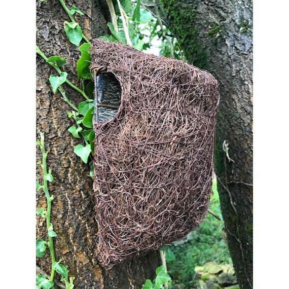 Simon King Brushwood Tree Nest Pouch