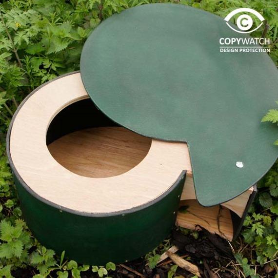 Hogilo Hedgehog Home - With A Free Bag Of Nesting Hay