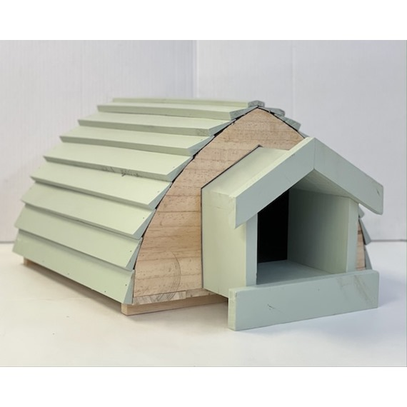 Hedgehog Barn - With A Free Bag Of Nesting Hay