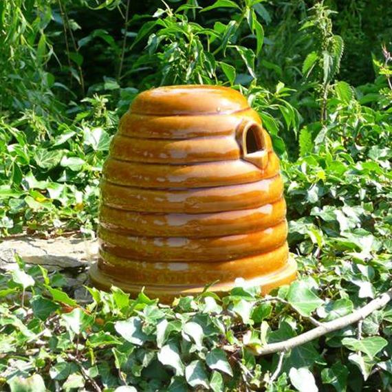 Ceramic Bumblebee & Mammal Skep