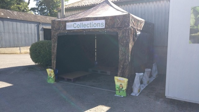 Click and Collect gazebo